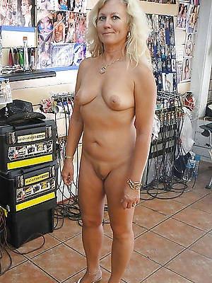 naughty horny mature amateur control things