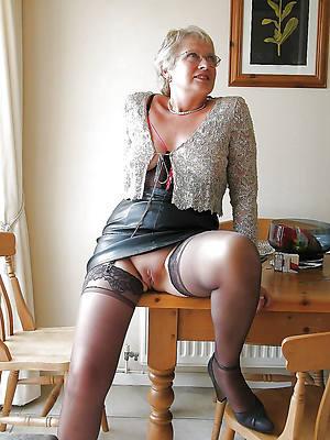 free pics of amateur classic mature women