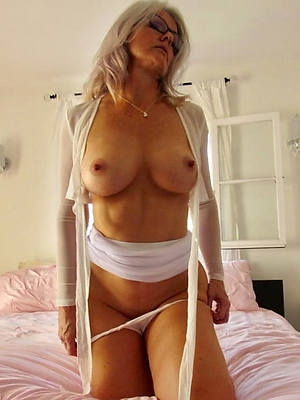 horny old mature women naked pics
