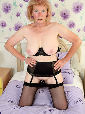 sexy superannuated mature women naked pictures