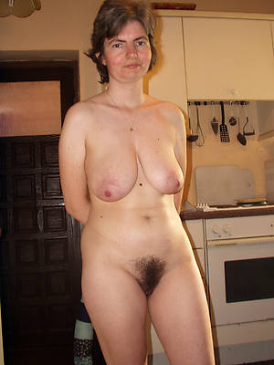 unshaved naked women see thru