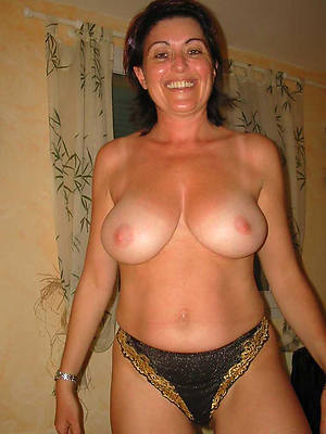 mature women everywhere huge chest pictures