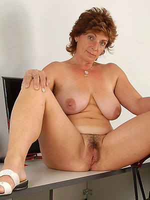 naked pics of sexy hairy mature wives