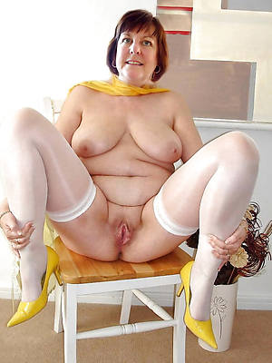 free pics of naked mature old gentry
