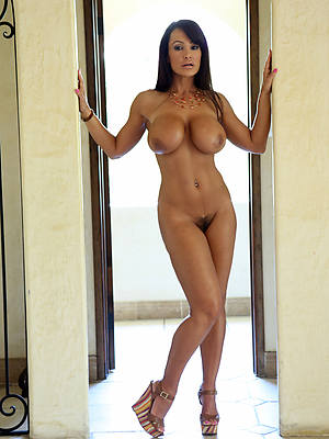 naked mature models see thru