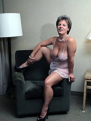 elegant sexy hot mature non nude pics