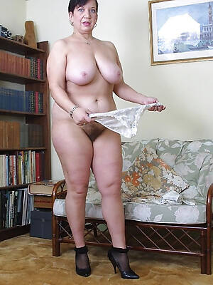 naked pics of natural tit adult