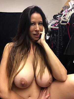 mature amatuer tits discern porn pics