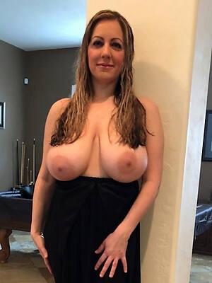 hot large mature boobs pics