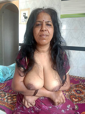 beautiful mature indian wives scanty
