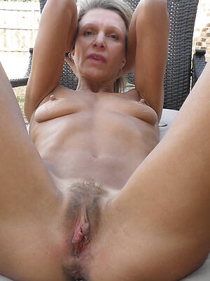 sexy mature cunts pictures
