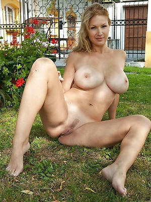 naughty nude adult milf strip