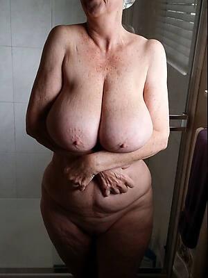 beautiful mature amateur nude pics