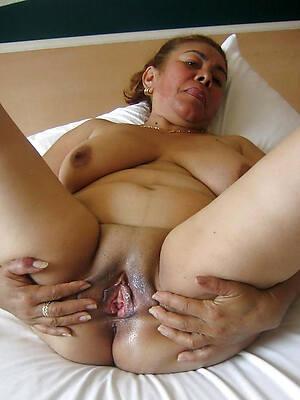 petite sexy mature latinas