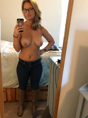dirty full-grown women selfshot nude pics