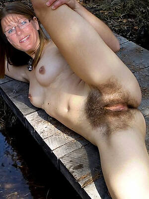 free sexy unshaved mature pictures