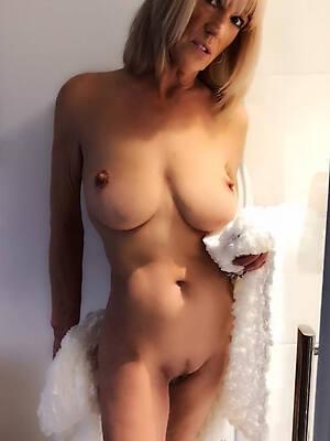 naked pics of beautiful undefiled mature women