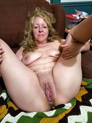 crooked mature girlfriend porn gallery