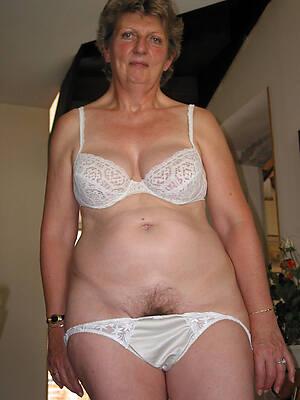 dirty mature horny grannies pics