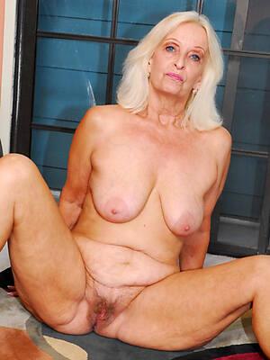 british mature granny displaying her pussy