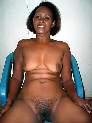 divest pics of old ebony mature