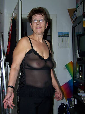 women sexy dresses see porn pics