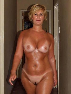 hot empty women over 40 pictures