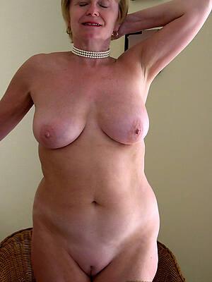 amateur sexy mature solo pictures
