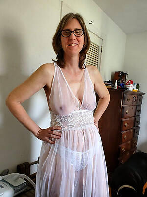 naked pics of unmixed mature mom porn
