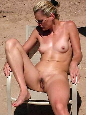 X mature women on beach porn