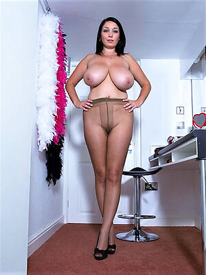 mature wife pantyhose displaying her pussy