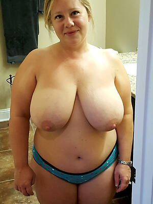 amateur matures with fat boobs