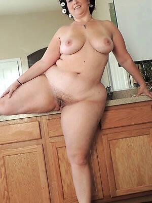 busty thick white mature women hot photo