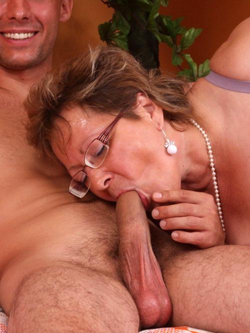 Horny adult blowjob porn - MatureHomemadePorn.com