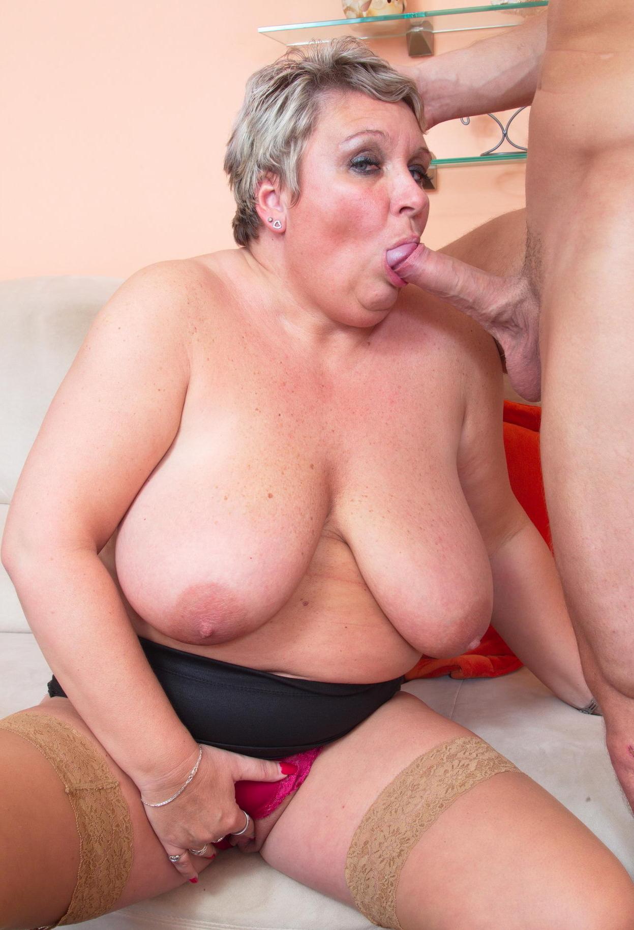 Amateur tawnee in panties gif