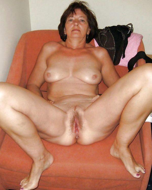 Mature brunet sex