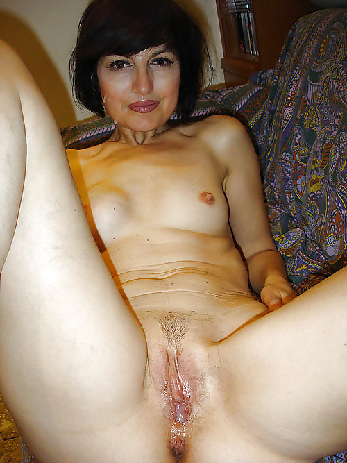 Naked old actress