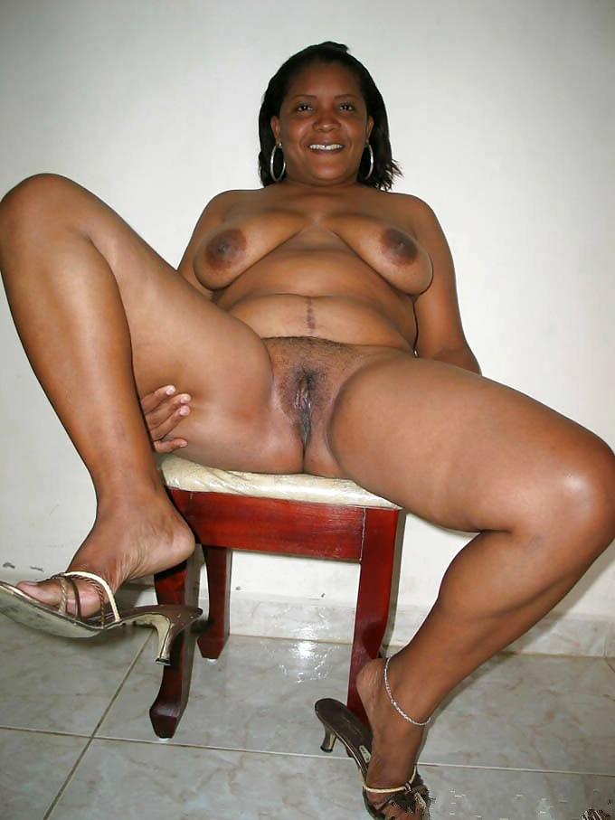 Amateur Ebony Big Ass Mature
