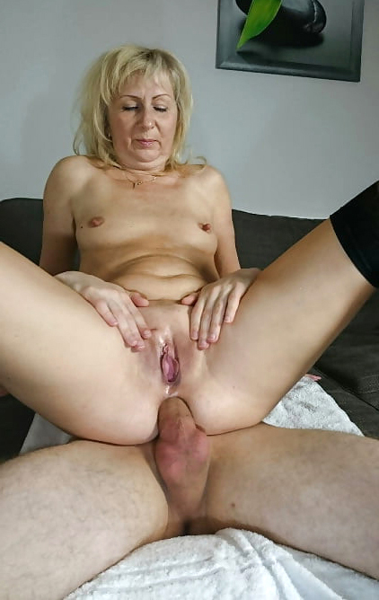 Ass Fat Anal - Mature fat ass anal porn foto - MatureHomemadePorn.com