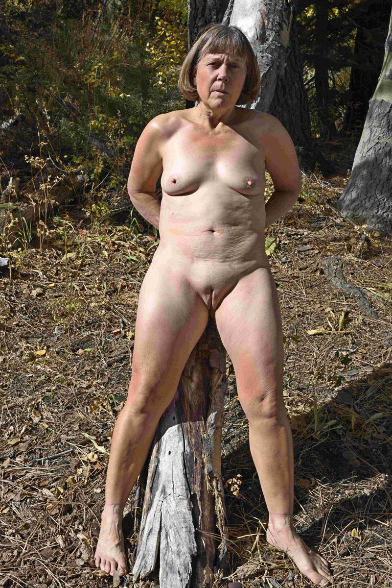 Skiny lesbians lovers naked