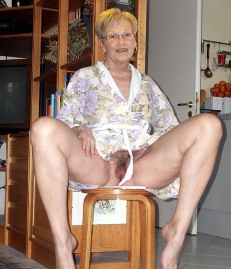 Naked grandma galleries