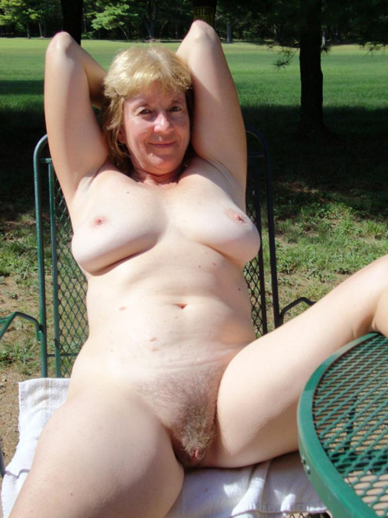 Grandmas nude Gorgeous Grandma
