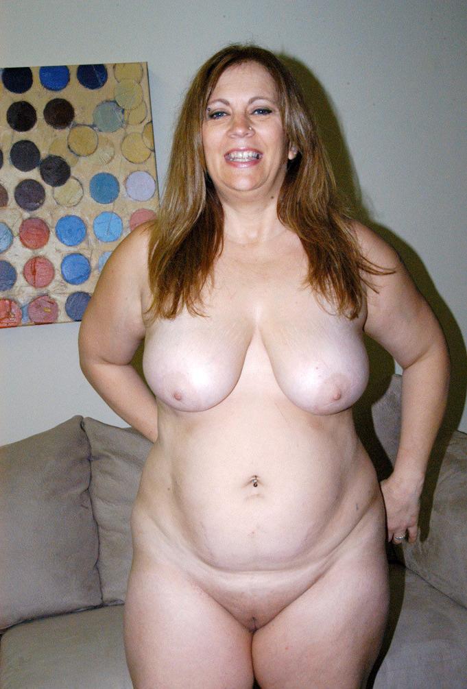 Chubby naked mature women