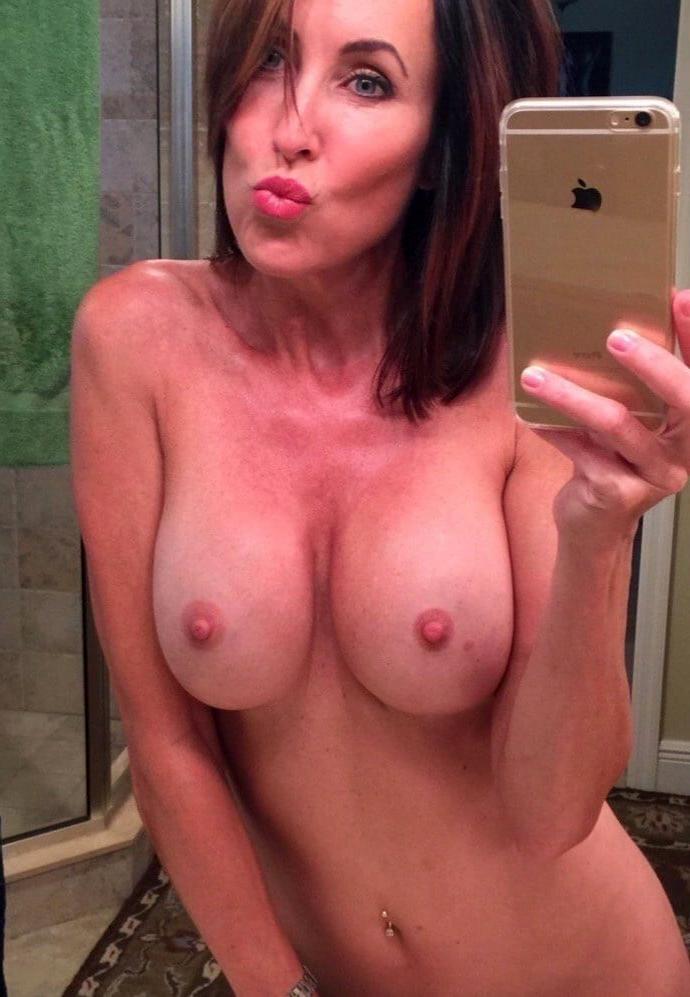 Mirror selfies nude Channing Tatum