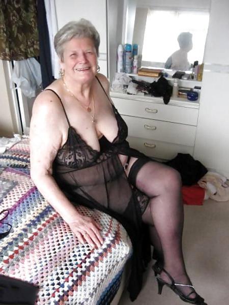 Ladies pussypics old Elderly Women