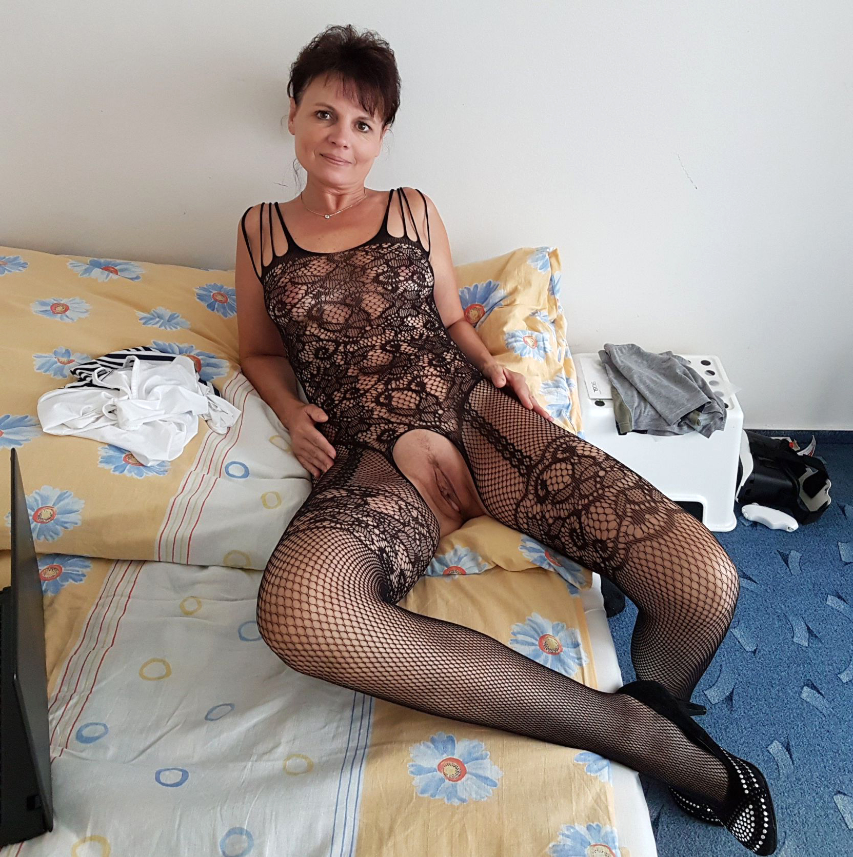 event outcall cocksucker slut milf that can not