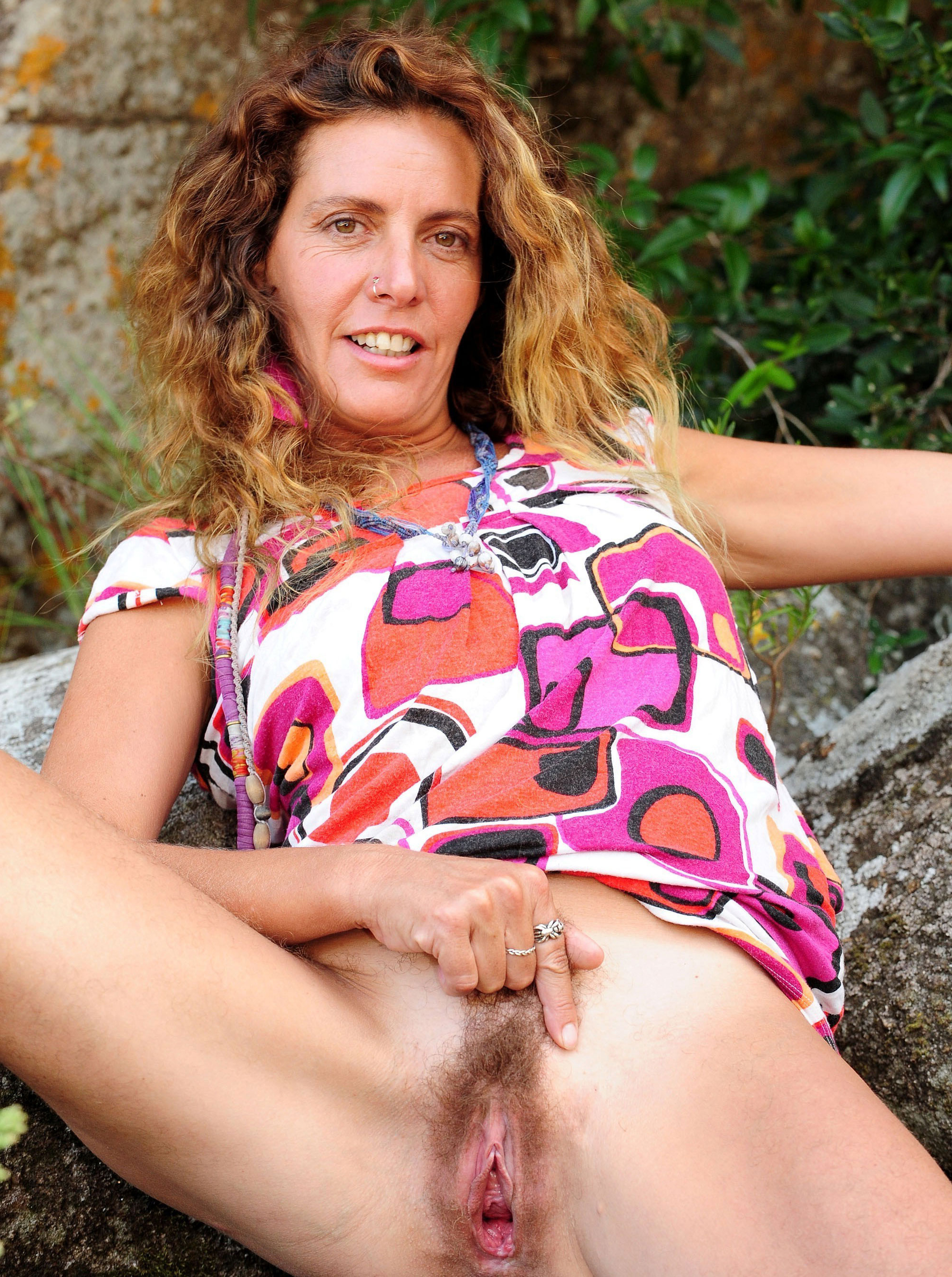 Natural Pussy Porn - Porn pics of natural mature pussy - MatureHomemadePorn.com