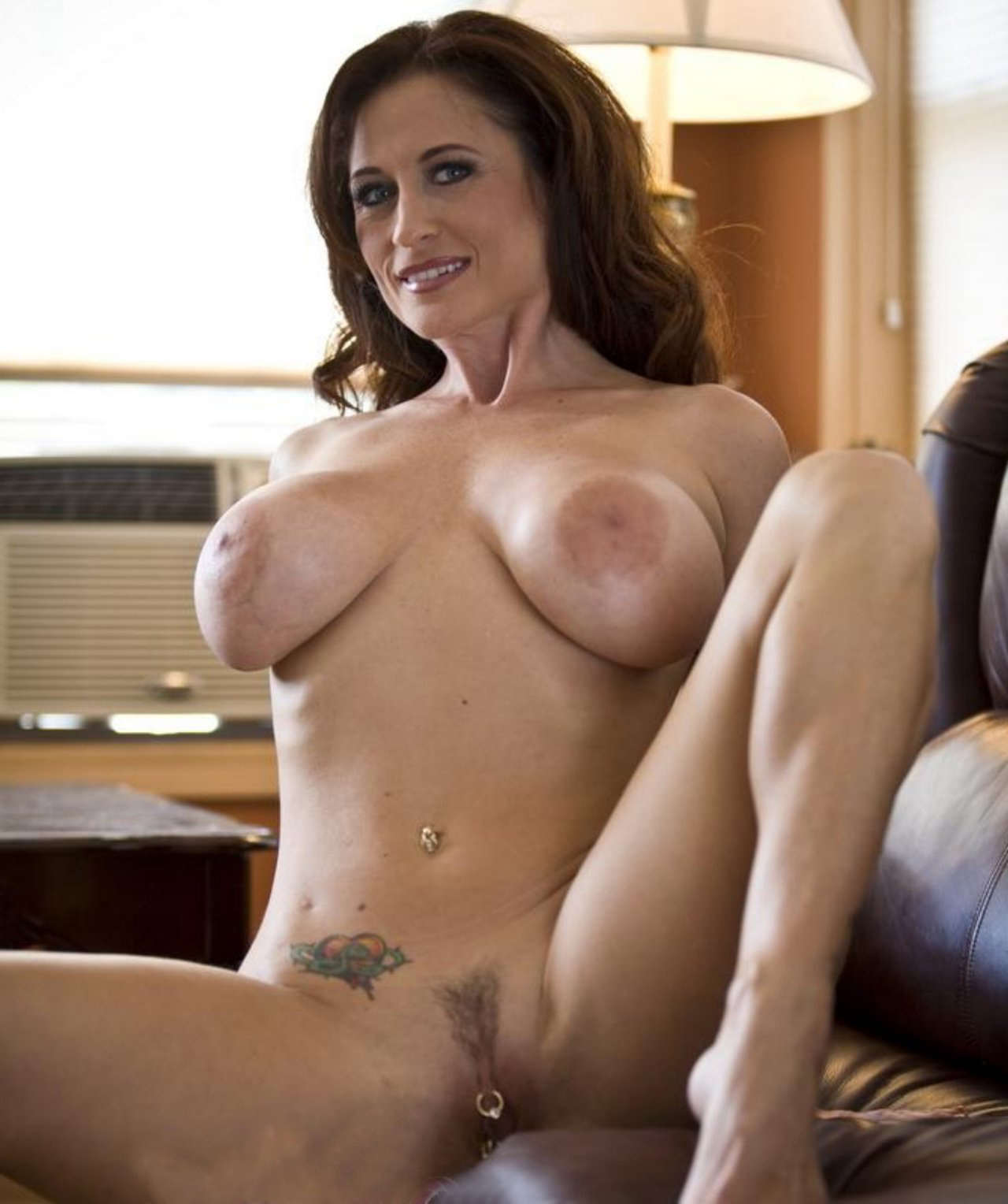 Pussy over 40 HQ Mature