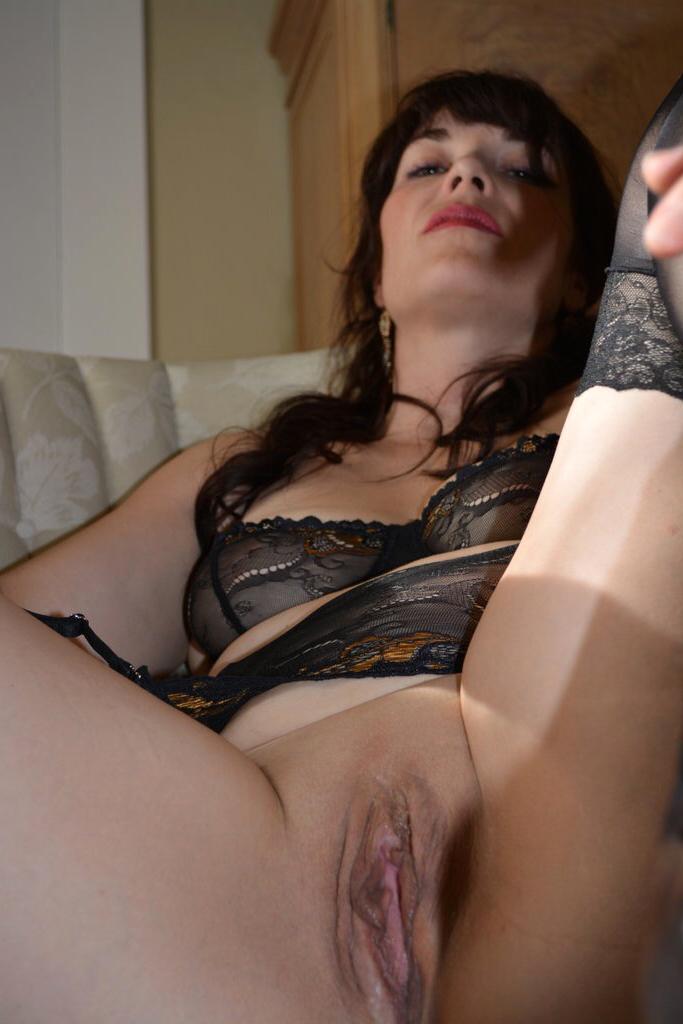 Mature Amateur Wife Striptease