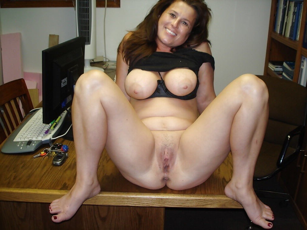 Free porn moves with big pussy